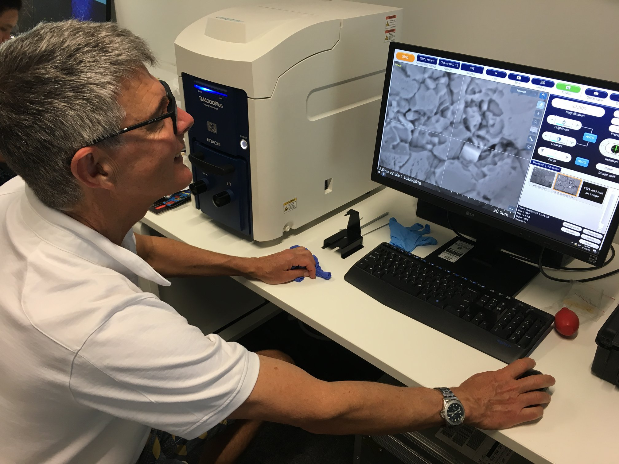 New experiences in the future using a Scanning Electron Microscope!